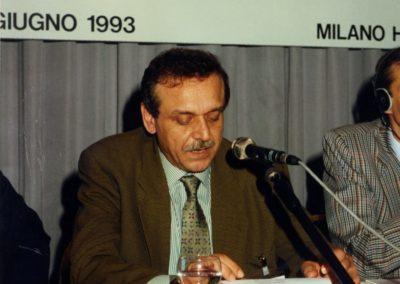 """Convegno Internazionale. """"Israeliani e palestinesi: in cammino verso la pace."""" 24 giugno 1993, Milano. Yasser Abed Rabbo, Capo della delegazione palestinese."""