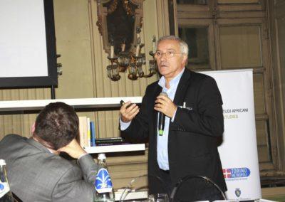 """L'inclusione delle """"alte professionalità"""" dei nuovi arrivati e le attività di """"Capacity building"""" delle Associazioni Diasporiche MedAfricane nelle realtà di Torino e Milano. 2016,"""