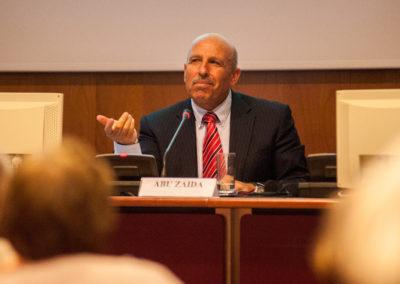 Dr. Sufyan Abuzayda, Ex-Ministro e Negoziatore per Autorità Nazionale Palestinese, Professore presso le Università di Birzeit e Al-Quds.