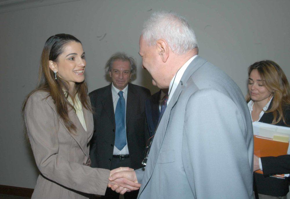 Missione del Sindaco Albertini in Medio Oriente, marzo 2006.  Janiki Cingoli con Sua Maestà la Regina Rania di Giordania,