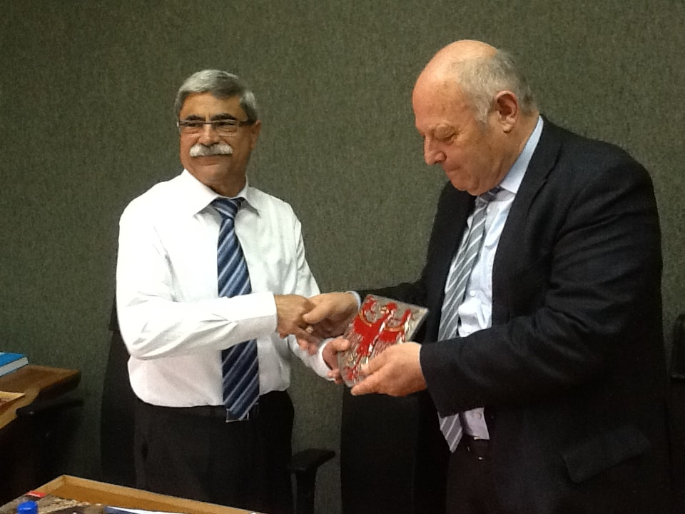 Missione in Israele di Luis Durnwalder, Presidente della Provincia autonoma di Bolzano. 2010. Nella foto con il Sindaco di Nazareth Ramiz Jarais.