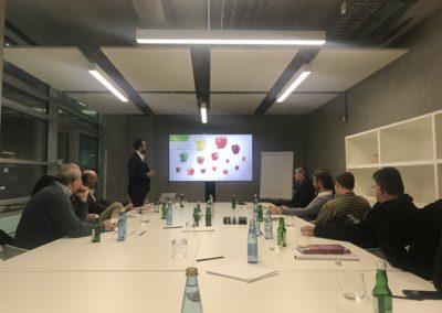Presentazione di Hannes Tauber di VOG-Consorzio delle Cooperative Ortofrutticole Altoatesine