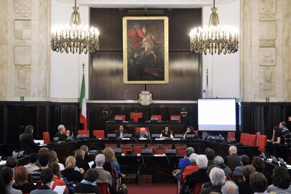 Incontro pubblico con Loubna Bensalah, attivista marocchina, 27 novembre 2018, Milano, Aula del Consiglio Comunale