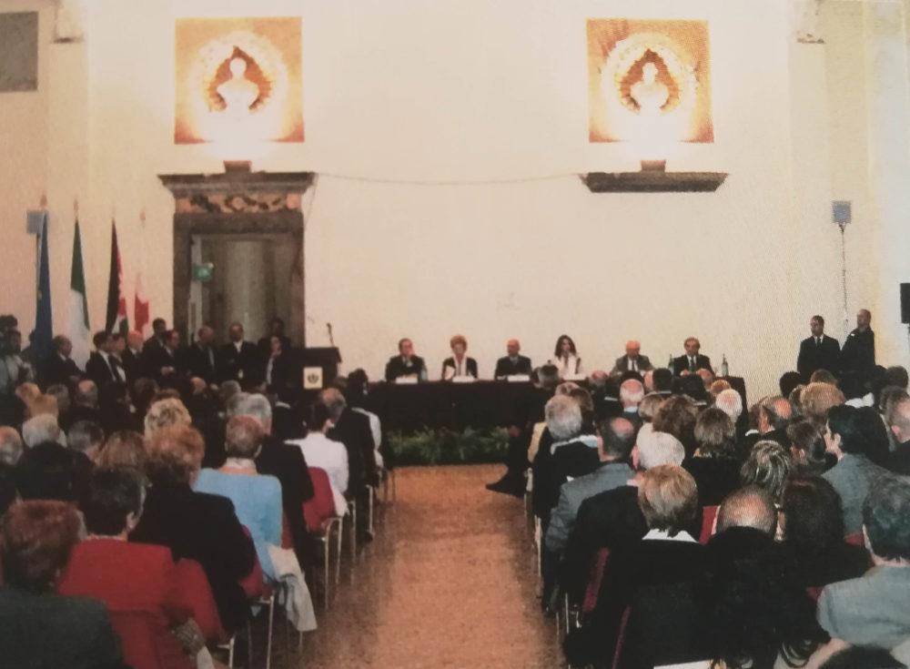 """Conferenza """"Il ruolo della donna nel Mediterraneo"""", promossa da CIPMO in occasione del conferimento dell'Ambrogino d'Oro. 23 settembre 2002, Milano"""